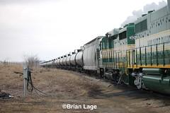 IARR PLE (eslade4) Tags: iarr iowariverrailroad ple iarr3004 iarr3802 coveredhopper tankcars