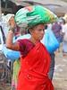 Byculla Vegetable Market (grab a shot) Tags: canon eos 5dmarkiv india maharashtra mumbai 2018 outdoor bycullavegetablemarket vegetables fruit market people food woman portrait