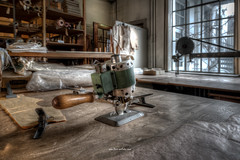 Tool (Fine Art Foto) Tags: urbex artfoto gestern dream wwwfineartfotocom urban exploration urbexart urbandecay lost place lostplaces lostplace decay decaying discard discarded old oblivion alt abandoned forgotten vergessen verlassen derelict aufgegeben rotten verottet näherei sewing factory fabrik wäschefabrik wäsche sony a7 riii