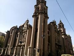 Church in Mexico City's downtown. (yaotl_altan) Tags: iglesia church igreja kirche chiesa église це́рковь església cdmx mexicocity ciudaddeméxico mexique mexikostadt mexiko cidadedoméxico cittàdelmessico ciutatdemèxic ме́хико mèxic méxico ме́ксика messico mexico