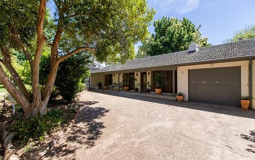 7 Cooinbil Crescent, Kooringal NSW