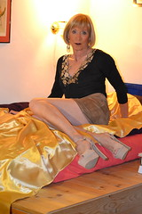 DSC_0089 (magda-liebe) Tags: travesti tgirl crossdresser shoes skirt highheels chainedecheville anklet french