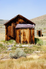 Let Me Out (nedlugr) Tags: california ca usa bodie bodiestatehistoricpark ruraldecay ruralwest rustic monocounty tinroof weathered weatheredwood shack theveronicas smokyskies