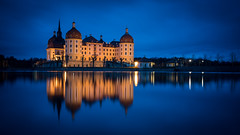Schloss Moritzburg (Bastian.K) Tags: dawn dusk twilight blaue stunde blue hour castle schloss moritz burg moritzburg dresden palace zwiebel onion turm türmchen tower see reflektion spiegelung reflection sea lake