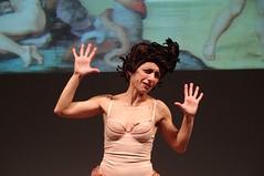 IMGP5009 (i'gore) Tags: montemurlo teatro fts salabanti fondazionetoscanaspettacolo donna donne libertà felicità ritapelusio satira ironia marcorampoldi pemhabitatteatrali