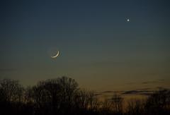 Moon and Venus (Matt Champlin) Tags: venus stars moon astronomy night nighttime nightshots space evening twilight spring march canon 2018 peaceful
