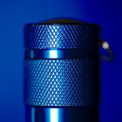 The Flashlight Blues (Gerald Lang) Tags: sonyalpha7ii sonya7ii blau blue sonyilce7m2 makro macro macromondays bleu tamronaf90mm128macro11 import25032018 taschenlampe lampedepoche flashlight theblues