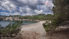 (172/18) Cala Macarella (Pablo Arias) Tags: pabloarias photoshop photomatix capturenxd españa cielo nubes cala macarella agua mar mediterráneo pino árbol menorca