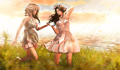 The sisterhood (meriluu17) Tags: sister sisterhood friend friends people outdoor dream light ligts summer breezy sea sunlight field run lode pose fair 2018 posefair posefair2018