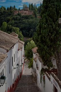Arriba y abajo. Albaicin - Granada. (On Explore 05/04/2017 #39)