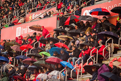 _MG_9935 (sergiopenalvagonzalez) Tags: futbol domingo palma de mallorca pelota jugadores aficion rojo negro pasion