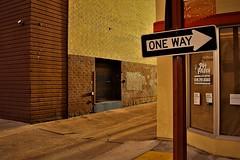 Alley waaay (ogdaddyo) Tags: