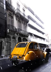 Citroen 3cv (gabriel.lbattaglia) Tags: buenosaires ph photography photo ice nieve amarillo nikon edition car auto 3cv citroen city argentina bsas