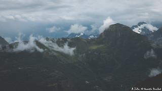 Les Ecrins sous les nuages