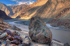 Dominator (ZeePack) Tags: hdr landscape nubravalley river valley ladakh jammuandkashmir india canon 5dmarkiv vibrant morning softlight detailed curve rocks mountains