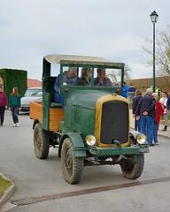 Latil, tracteur H3PTLPS3 (France, 1945) (Cletus Awreetus) Tags: tracteur tractor latil h3ptlps3 france explore