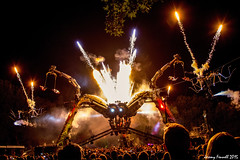 Arcadia Metamorphosis in  Bristol 2015 (zolaczakl) Tags: arcadiametamorphosis arcadia metamorphosis 2015 queensquare photographybyjeremyfennell nikond7100 nikonafsnikkor24120mmf4gedvrlens giantspider spider pyrotechnic firebreathing spectacle event september uk england sculpture recycled highiso