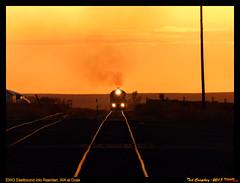 Golden Hour Rises (funnelfan) Tags: train railroad railway shortline locomotive pnw pacificnorthwest eastern washington gateway ewg cw centralwashington wheat grain smoke sunset goldenhour reardan