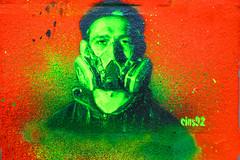 Urban Nation stencil (Marco Braun) Tags: black schwarz weiss white blanche noire walart streetart urbanart graffit berlin 2017 urbannation kopf head coloured colourful farbig stencil schablone pochoire mann homme man gasmaske deutschlandgermanyallemangne