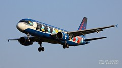 """OO-SND Brussels Airlines Airbus A320-214 """"Belgian Icons - The Smurfs"""" special colours (Nick Air Aviation Photography) Tags: img8902 oosndbrusselsairlinesairbusa320214belgianiconsthesmurfsspecialcolours aviationphotography aereoportodimilanolinate speciallivery planesspotting aerosmurf"""