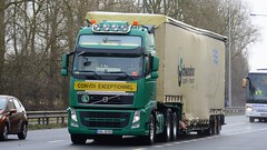SAD JU 501 (panmanstan) Tags: volvo fh wagon truck lorry commercial international freight transport haulage vehicle a63 everthorpe yorkshire