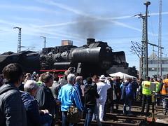 52 8079 fährt auf die Drehscheibe (Thomas230660) Tags: dresden eisenbahn dampf dampflok steam steamtrain sony
