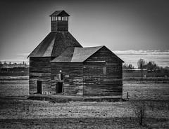 Herke Hop Kiln Barn (D E Pabst Photography) Tags: agriculture abandoned washington yakimacounty wooden donald decay rural historic barn hopkiln