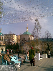 Easter week (2) (VERUSHKA4) Tags: church sheep figure bench rest sky dome cupolas bellhouse street outdoor square tverskaya europe russia moscow city cityscape easter mood day spring sunny decoration april couple one costume holiday nokia man woman roof firtree verdure flower flora cloud lamp two farole view vue ville tape shot telephone wooden