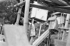 2018-04-20 19-02-48_3191 (loukilu) Tags: filmcamera filmphoto filmphotography filmcommunity filmfeed filmisnotdead filmisalive filmnerd iusefilm ilovefilm vietnam vietnamese hanoian hanoi analogphoto analogphotography hanoiyouth pentax