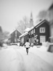 Snowy town (Helena Normark) Tags: snow winter snowing itssnowing pictorialism glow glowing trondheim sørtrøndelag norway norge sonyalpha7ii a7ii 50mm lensbaby creativebokeh creativebokehoptic lensbabylove seeinanewway