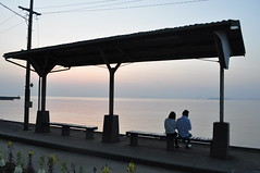 Iyo - In love with (tcchang0825) Tags: japan shimonada station sunset sea