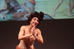 IMGP5016 (i'gore) Tags: montemurlo teatro fts salabanti fondazionetoscanaspettacolo donna donne libertà felicità ritapelusio satira ironia marcorampoldi pemhabitatteatrali