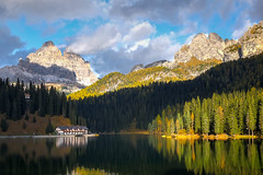 Lago di Misurina (hunblende) Tags: dolomites mountains lake lakemisurina forest trees landscape nature clouds reflection