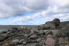 The shapes and colors of stone (liisatuulia) Tags: bylandet porkkala kallio kivi meri saaristo archipelago sea