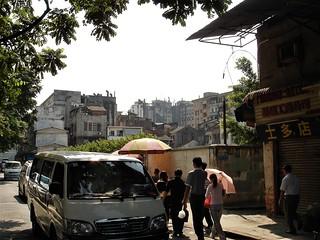 China Guanzhou 2005-contrasts