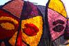 p7456_Errel2000_Praalwagen (Errel 2000 Fotografie) Tags: praalwagens noordwijkerhout roblangerak errel2000 bloemen flowers corso bloemencorso bollenstreek bloembollenstreek kleurrijk
