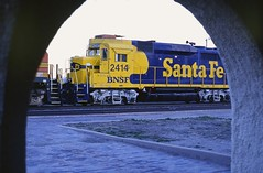 Raton Sundown (Hoist!Man) Tags: gp30 emd ratonnm bnsf locomotive train railroad santafe film