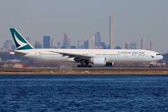 B-KPR | Boeing 777-367ER | Cathay Pacific (cv880m) Tags: newyork jfk kjfk kennedy aviation airliner airline aircraft airplane jetliner bkpr boeing 777 773 777300 777367 cpa cathay cathaypacific swire brushwing swiregroup hongkong china triple7 tripleseven