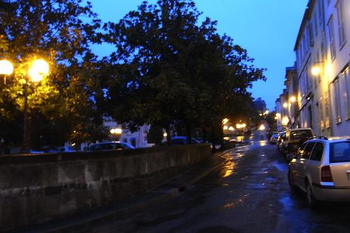 20120926 28 001 Jakobus Oloron Morgen Licht Hausfassaden