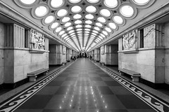 Electrozavodskaya (gubanov77) Tags: moscow moscowmetro metropoliten underground subway metro platform passengers russia wb electrozavodskaya architecture blackandwhite buildings city design hall interior inside monochrome moscowphotography mosfotki railway station tourism travelphotography travel urban метрополитен московскийметрополитен метро москва электрозаводская советскаяархитектура stalinistarchitecture