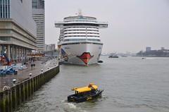 AIDA perla (Hugo Sluimer) Tags: cruiseship cruise cruises cruiseterminalrotterdam cruiser cruiseterminal aidaperla aidacruises aida portofrotterdam port haven nlrtm onzehaven rotterdam zuidholland nederland holland