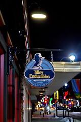 Tilley Endurables Sign (Bracus Triticum) Tags: night tilley endurables sign red deer レッドディア アルバータ州 alberta canada カナダ 11月 十一月 霜月 jūichigatsu shimotsuki frostmonth autumn fall 平成29年 2017 november