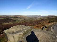 Hope Valley from Surprise View, March 2018 (Dave_Johnson) Tags: rocks surpriseview surprise view road mamtor loosehill winhill kinderscout hathersage castleton hope shatton bamford peakdistrict nationalpark peaks hills derbyshire longshaw longshawestate hopevalley stanageedge stanage bamfordedge edge derwentvalley