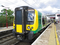 350231 (Rob390029) Tags: 350231 london midland class 350 train track tracks rail rails emu electric multiple unit transport transportation travel wcml west coast mainline harrow wealdstone railway station hrw