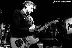 Howlin' Jaws (Joe Herrero) Tags: directo live music concierto concert bolo gig rock roll rockabilly fender jaguar