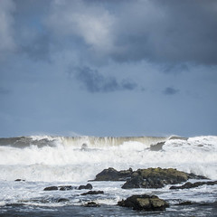 Easterly Gales (jason-l) Tags: scotland firthofforth sea forth waves storm gale wind