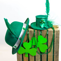 Happy Newfoundland St. Paddy's Day (jah32) Tags: green irish happystpatricksday stpatricksday wearingofthegreen cmwdgreen hat hats shamrock luck goodluck beads bowler bowlerhat crate feathers