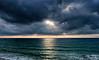 2017-07a-F3680 copia (Fotgrafo-robby25) Tags: alicante costablanca fujifilmxt2 marmediterráneo nubes rayosdesol
