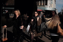 Oxford Street (Gary Kinsman) Tags: fujix100t fujifilmx100t london w1 westend oxfordstreet candid streetphotography streetlife people person hair 2018 shopping shoppers consumerism