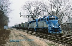 (SEE & HEAR)-- Cat powered PPU, 2001-2000, Creve Coeur, IL. 12-05-1998 (jackdk) Tags: train railroad railway locomotive emd emdgp35 gp35 gp38 gp382 emdgp38 ppu peoria peoriapekinunion caterpillar cat catlocomotive seeandhear seehear shortline standardcab